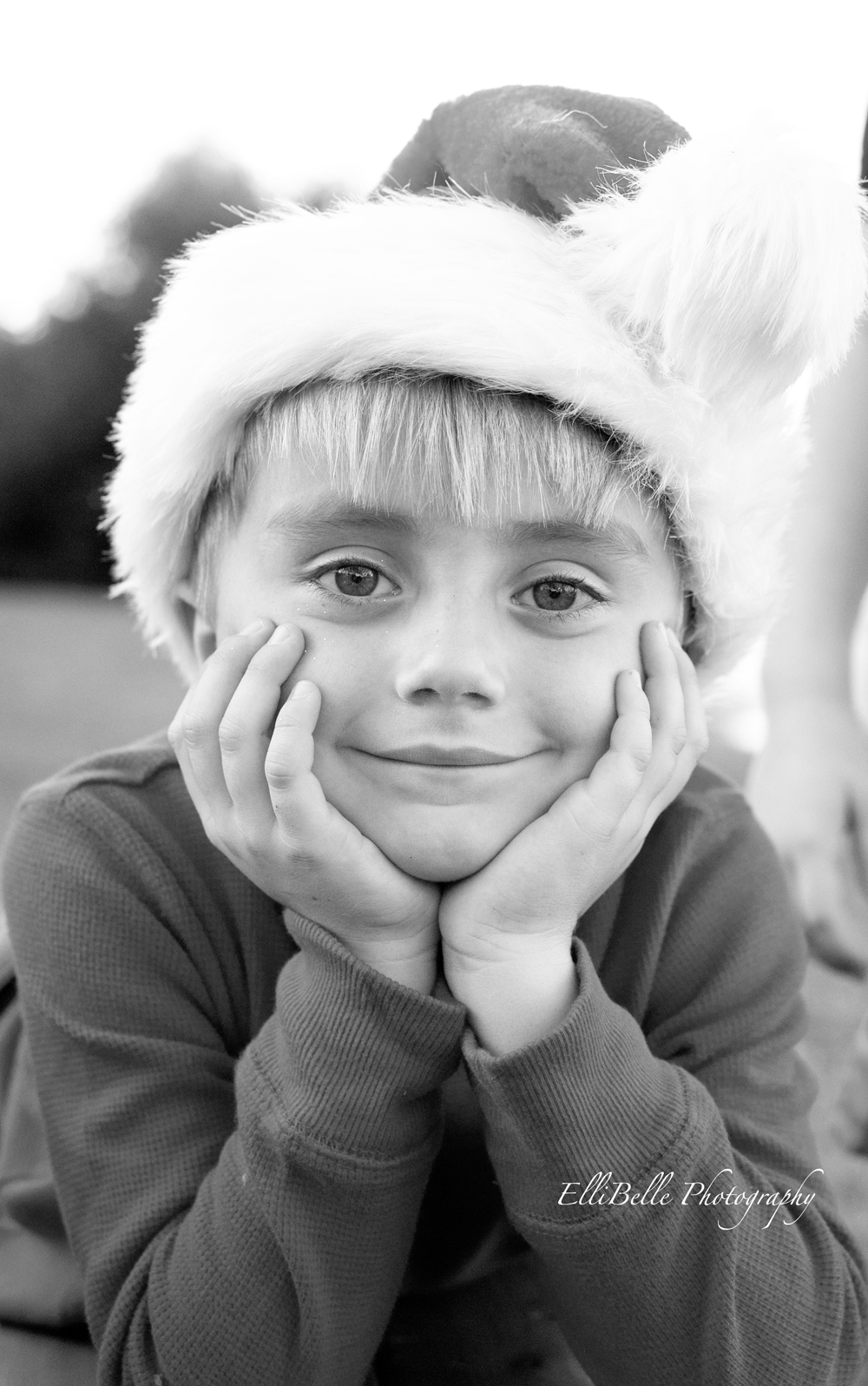 Elli-Belle Photography - Christmas Pictures Santa Hat